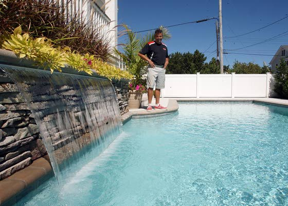 Pool business  flows along  Jersey shore
