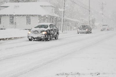 Heavy snowfall hits Pleasantville