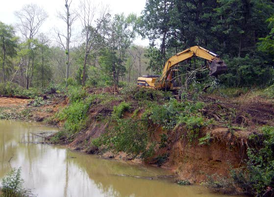 Restoration of Bridgeton's Sunset Lake begins with work to clear raceway of debris