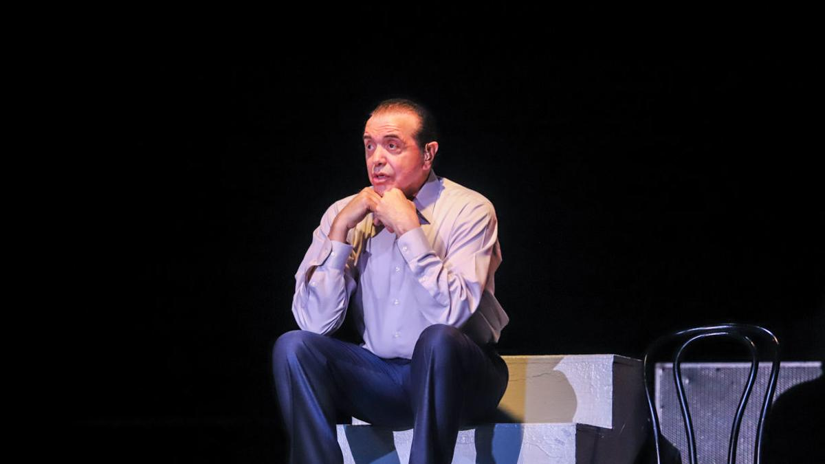 Chazz Palminteri brings 19 characters to Levoy stage in 'A Bronx Tale'