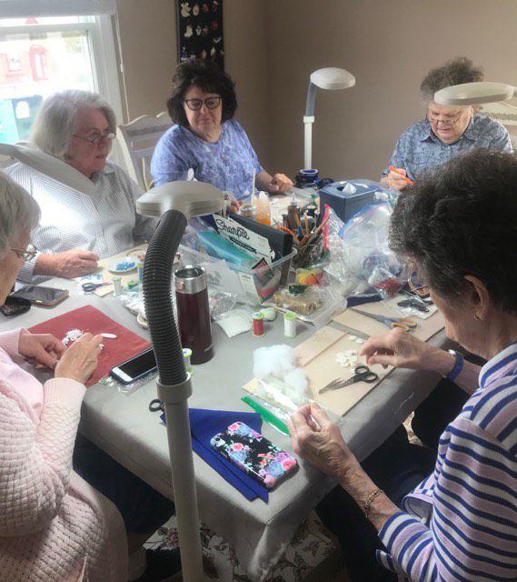 Charity League Christmas Mart Charity Lg fixins crew
