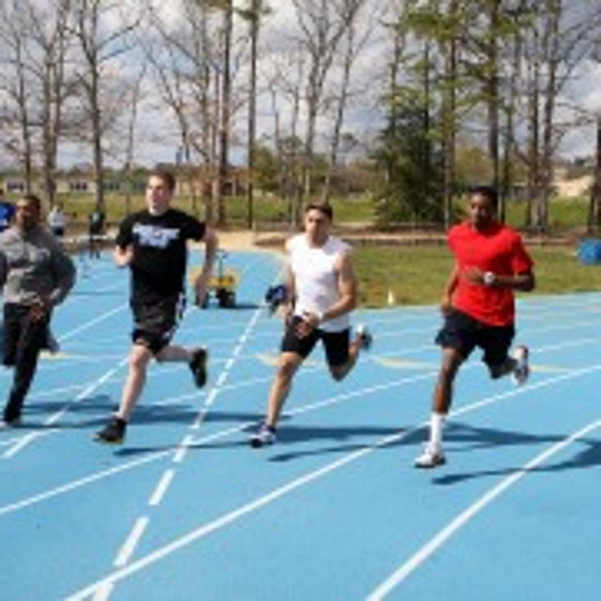 Track and field: 400-meter run is just one lap, but the pain