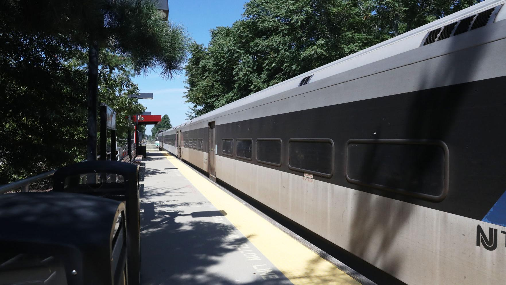 Atlantic City Rail Line to reopen early with added service