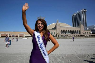 Miss America 2018 Ocean Dip