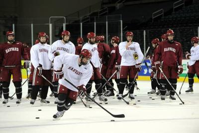 Ecac Tournament In Atlantic City Colgate Hockey Team Gives Back To
