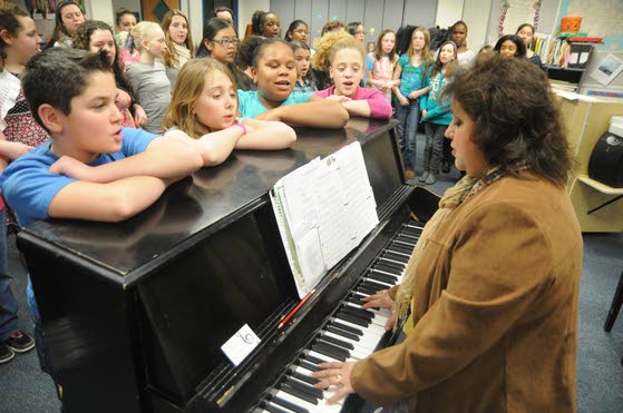Hamilton Township schools' choirs raise voices to help victims of Sandy