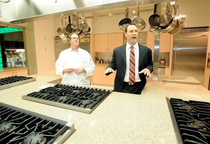 Harrah's cooks up a new attraction