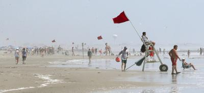 Red Flags Beach Currents Rip (copy)