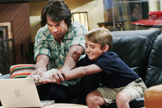 Former 'iCarly' star in new sitcom