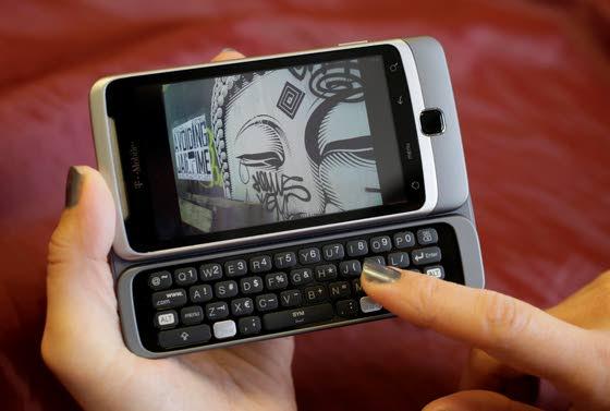 Despite its bulk, T-Mobile's G2 phone gets it right