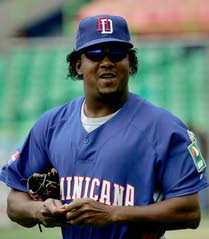 buy online 23d6a 65191 Newest Phillie Pedro Martinez talks a good game   South ...