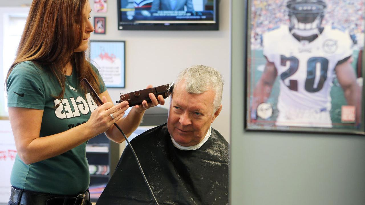 Cape May Court House barbershop family- and sports-oriented