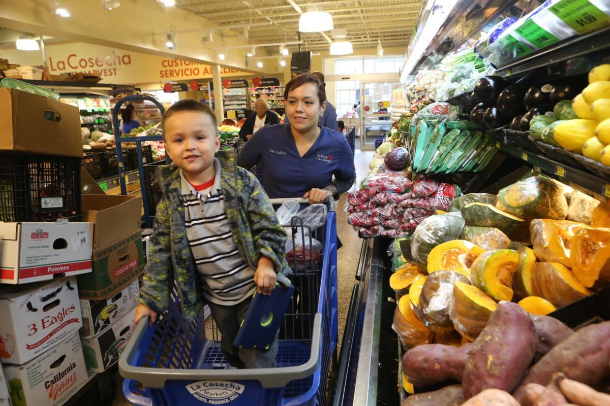 La Cosecha supermarket