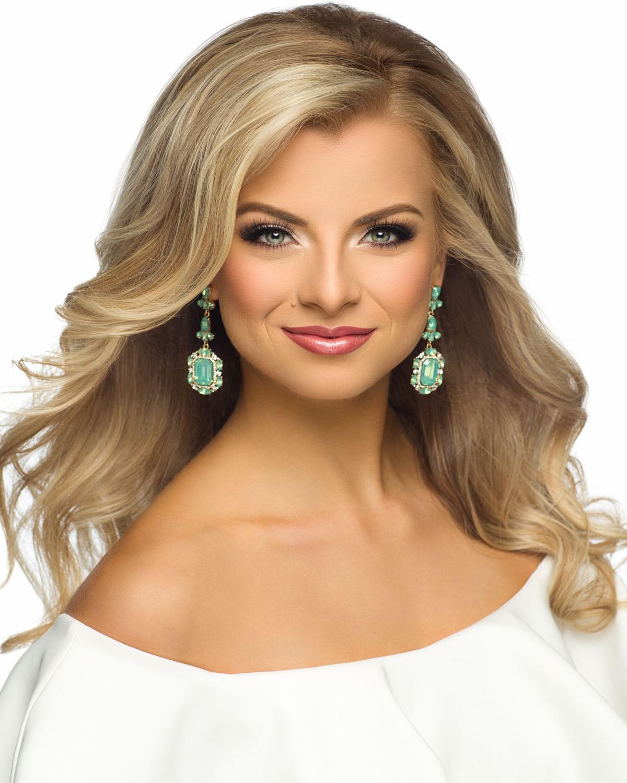 Miss Iowa 2017 Chelsea Dubczak