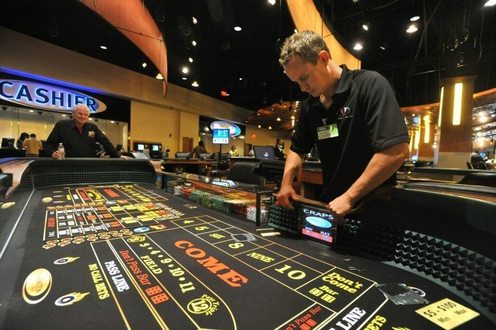 oceans 11 casino table games