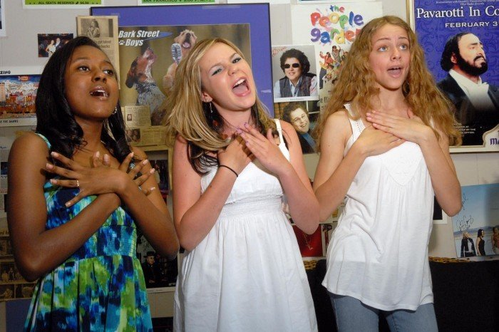 """Local teens anxiously await """"Standing Ovation,"""" a film ..."""