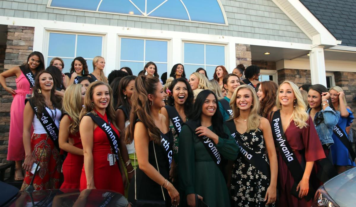 Miss America contestants at Bocca