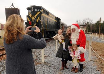Christmas Train Ride Nj.Cape May Wants To Turn Unused Train Tracks Into Parking Lot