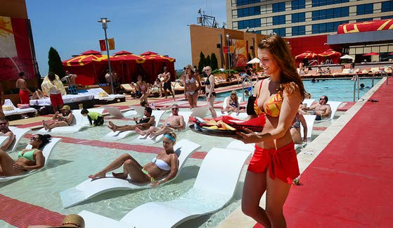 Five things you need to know about H2O Pool + Bar