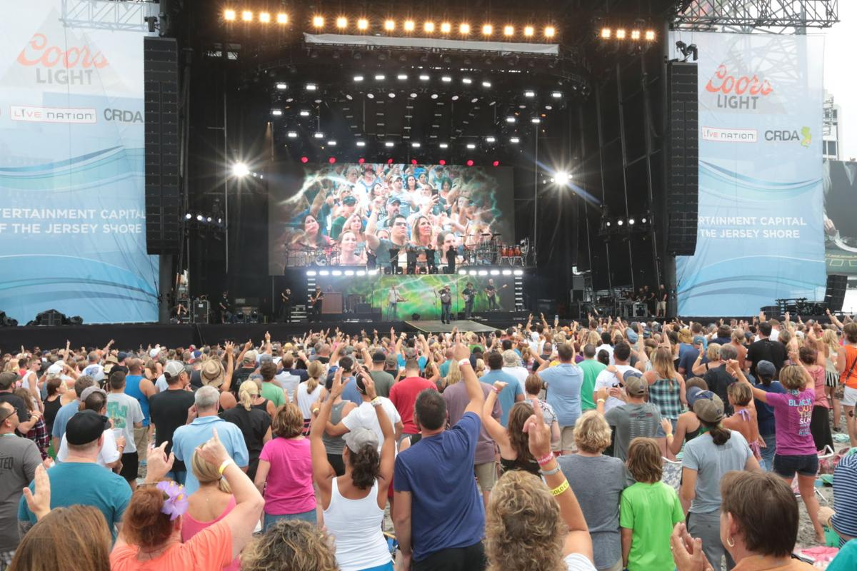 Whats the right month for ac beach concerts breaking news zac brown band m4hsunfo