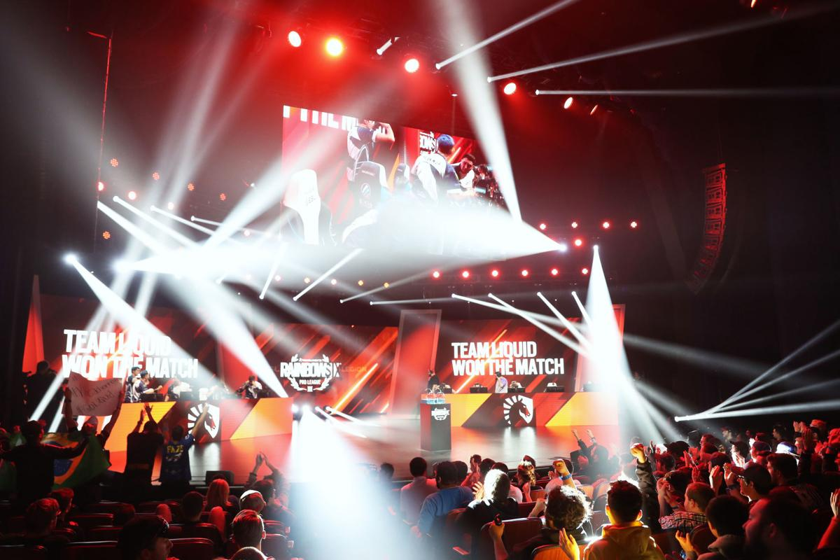 Esports draw sellout crowd in AC