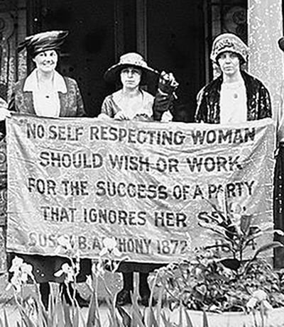 Alice Paul and suffragists in 1920