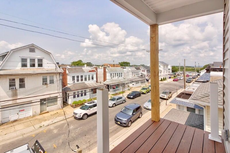 Front Porch Views