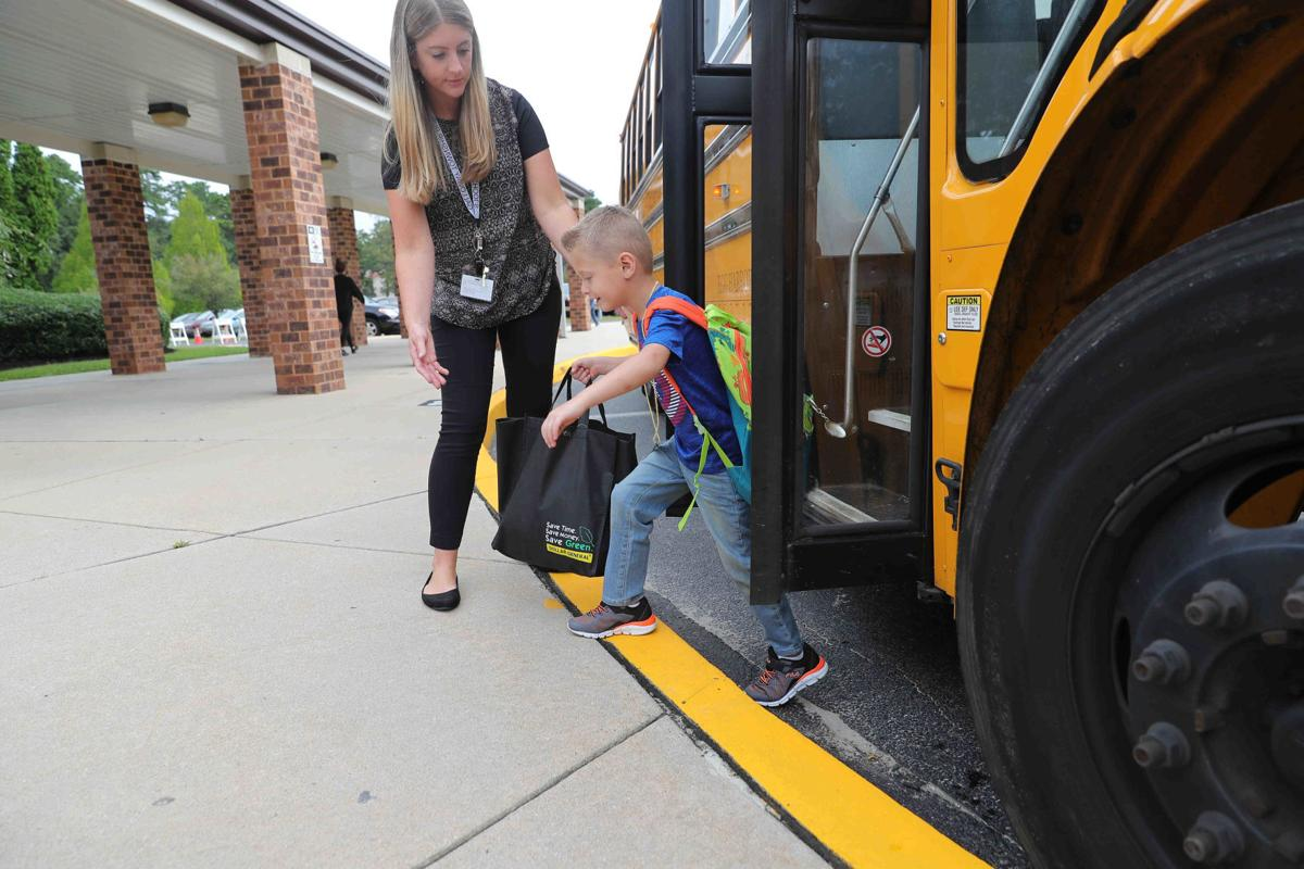 First day of School of Smithville Elementary School
