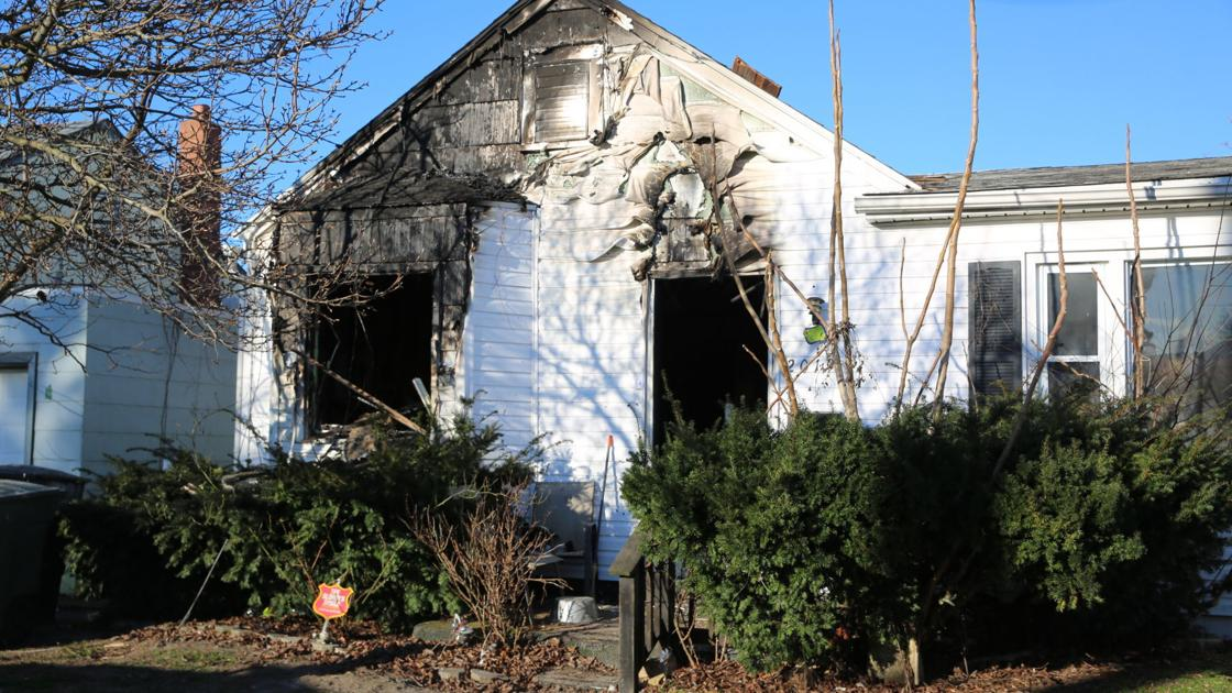 Woman, 2 dogs saved from Sunday blaze by Atlantic City firefighters