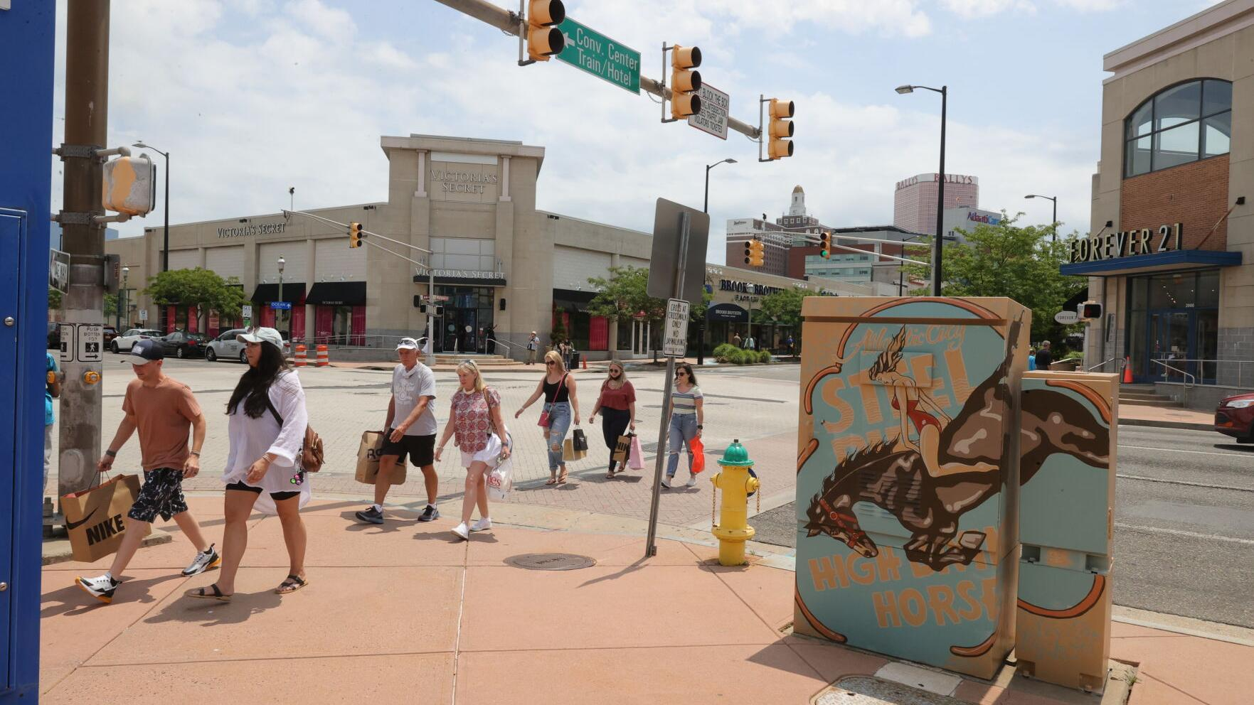 Tanger Outlets makes progress in the year after looting, vandalism