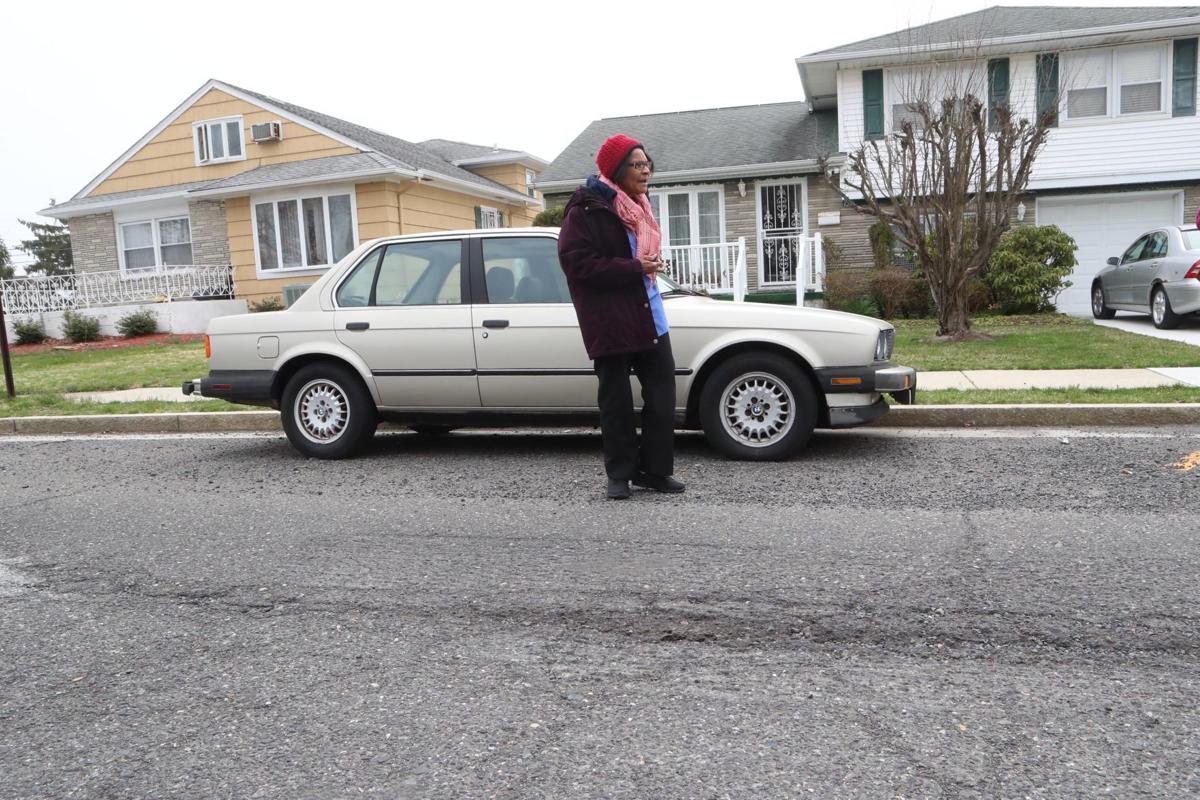 041019_nws_potholes