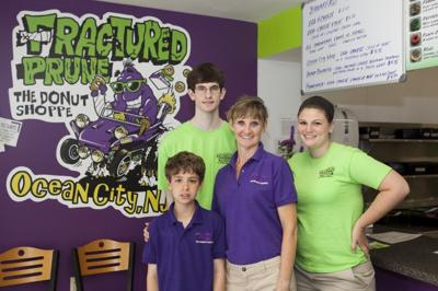 ucmc j8 Fractured Prune Donuts