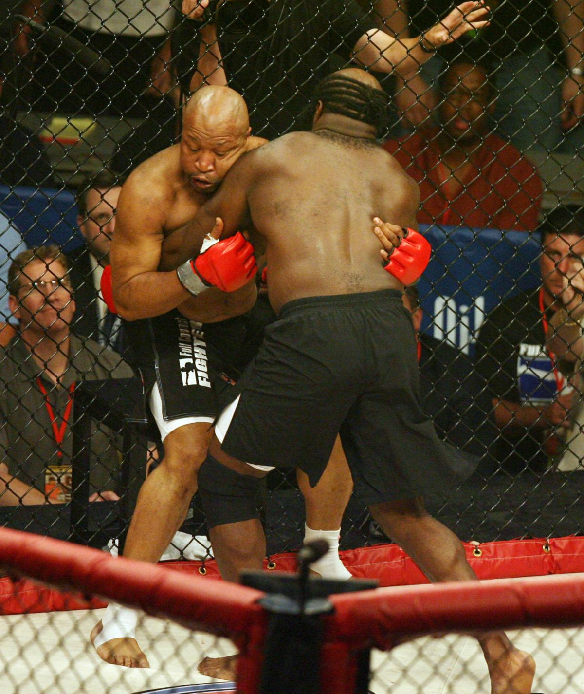 read about kimbo slice u0027s mma debut in atlantic city boxing mma