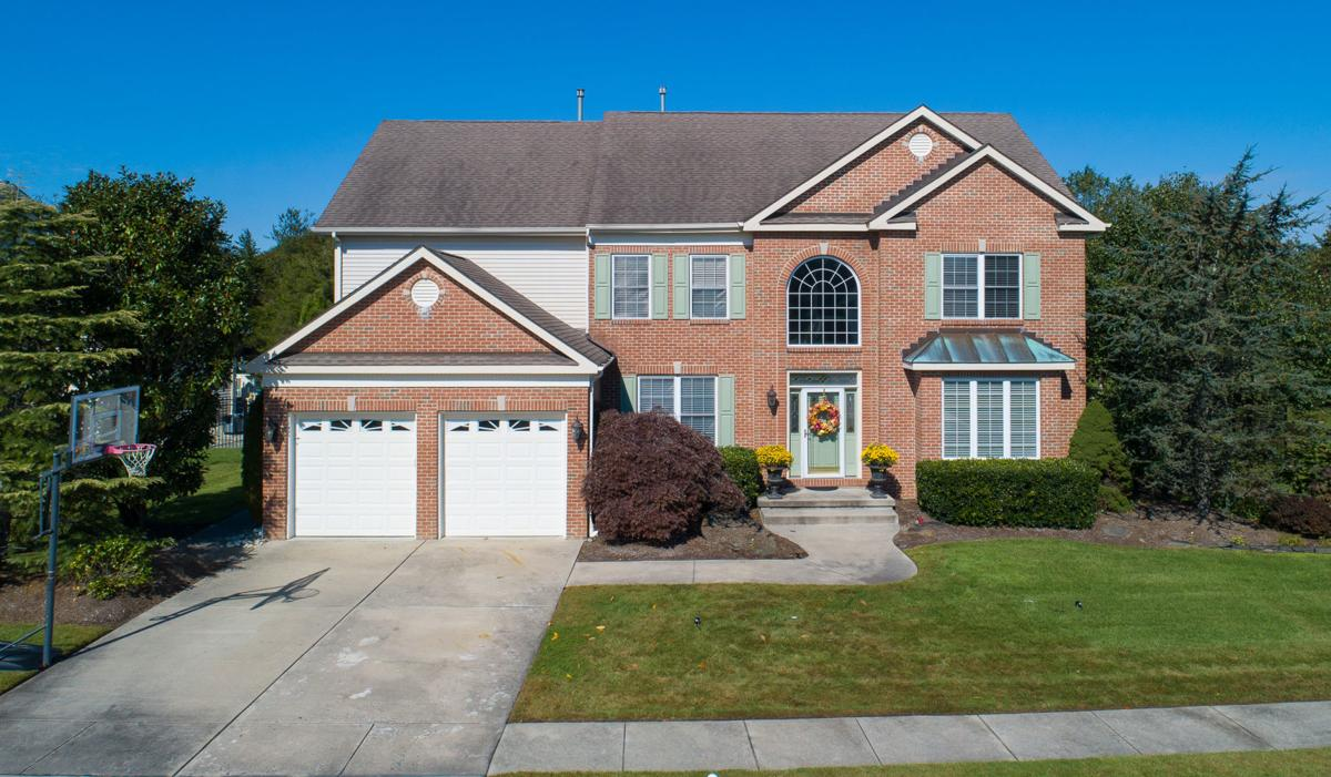 2 Pebble Beach Drive, Egg Harbor Township