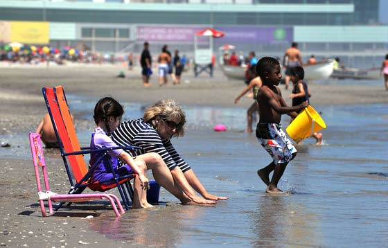 Only place for heat relief is by beach this weekend