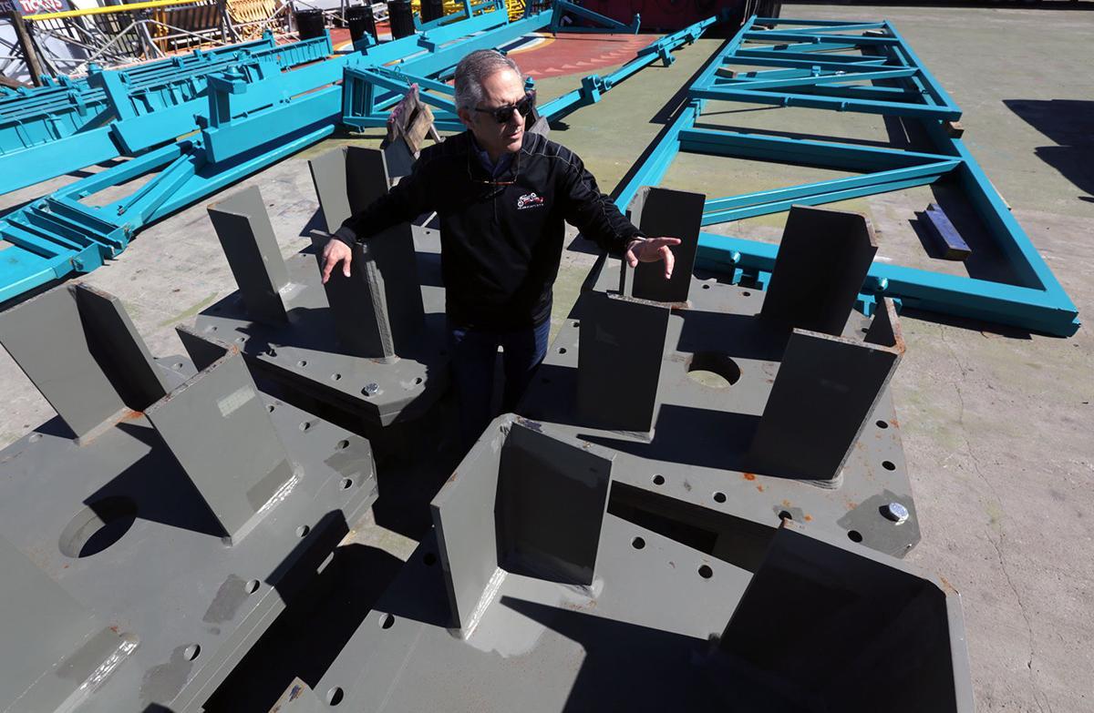 Steel Pier Observation Wheel construction