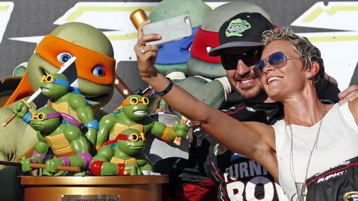2016 photos of NASCAR driver Martin Truex Jr.