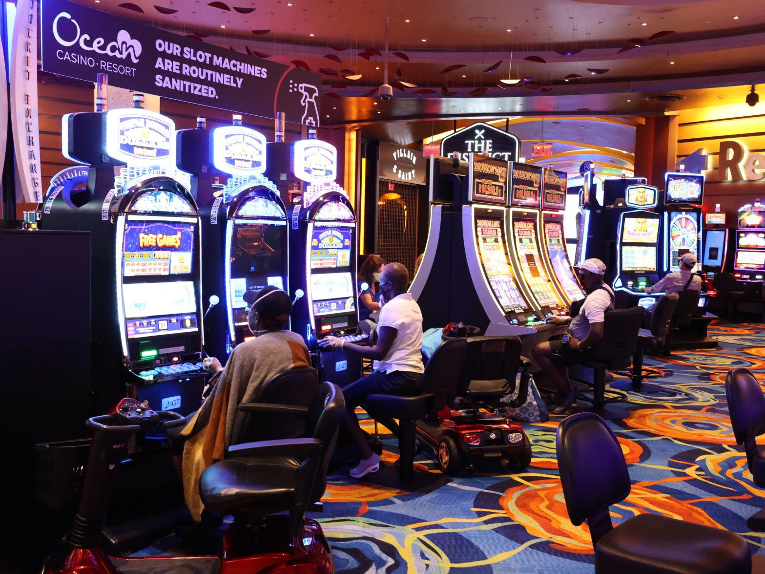 COVID-19 UPDATES: Beverage service and smoking on casino floors to resume  Friday | Local News | pressofatlanticcity.com