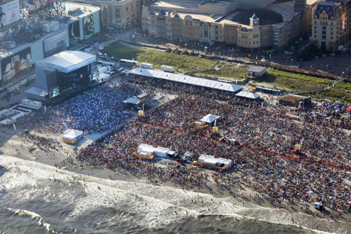 Jimmy Buffett Beach Concert