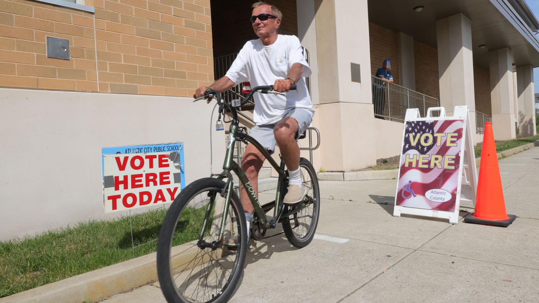 Primary 'a breeze,' now clerks to gear up for early voting in fall