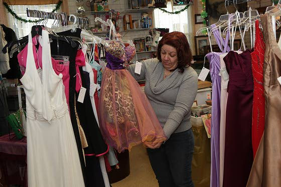 Mays Landing woman works to ensure girls have fitting dress to wear to prom