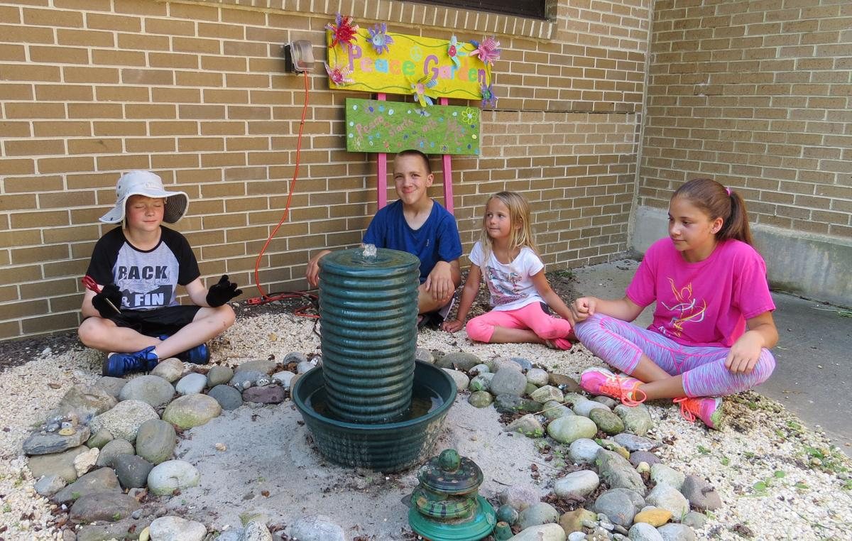 Stupendous Margate Schoolyard Garden Project Builds Skills Educates Alphanode Cool Chair Designs And Ideas Alphanodeonline