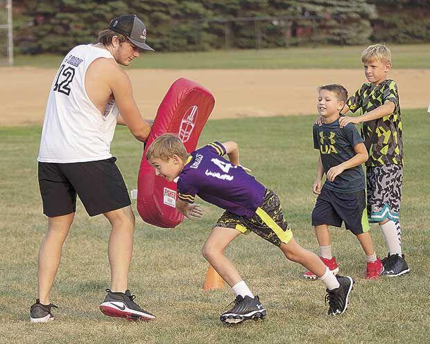 Cougars kids get football primer