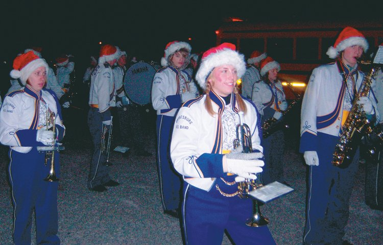 grantsburg band travels to duluth for christmas city of the north parade presspubscom - Christmas City Of The North Parade