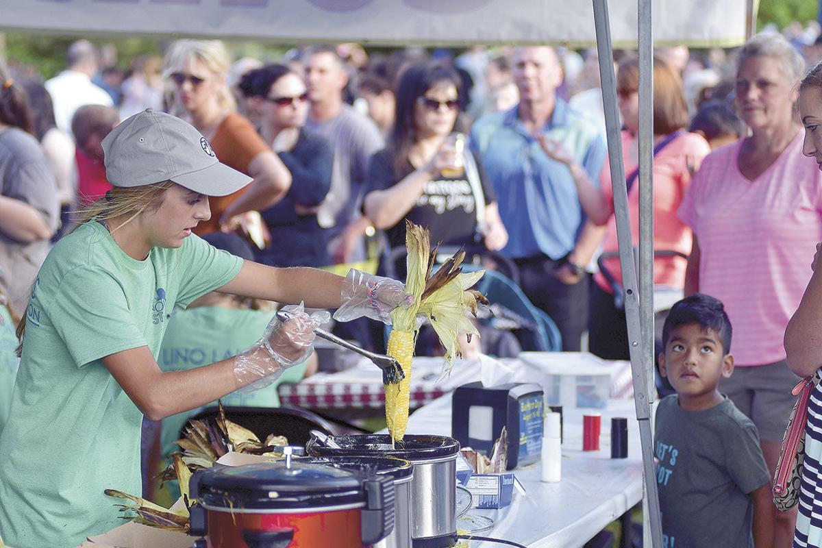 Crowd-pleasing sweet corn roast