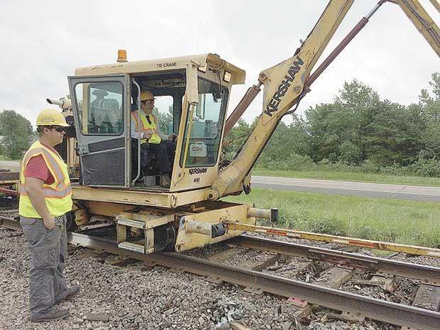 Hugo celebrates Short Line Rail project