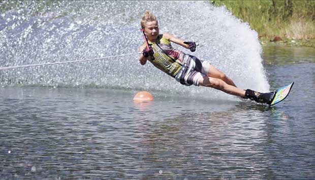 Mahtomedi boy wins nationals in water skiing; 3 sibs also place