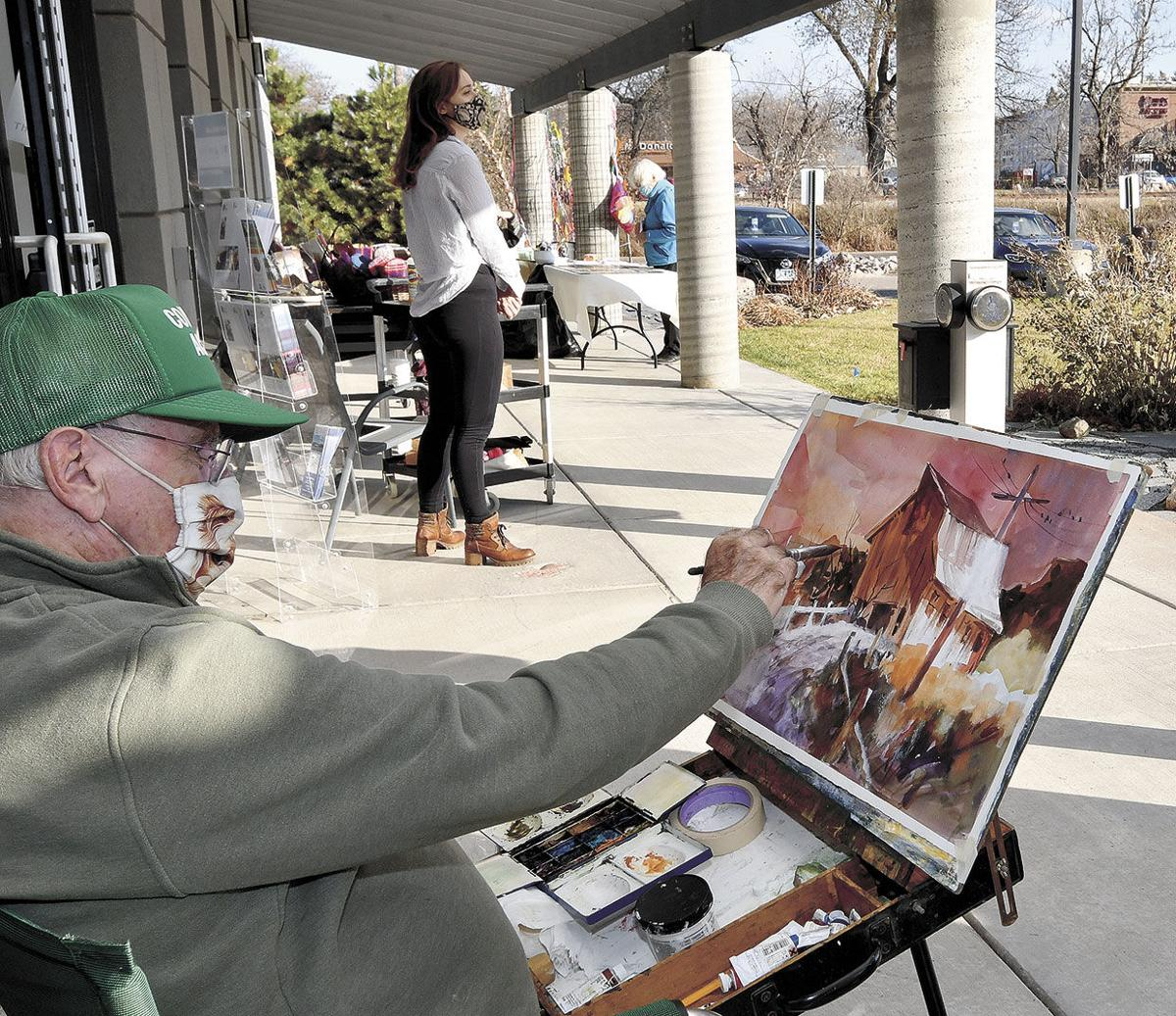 Outdoor arts market continues