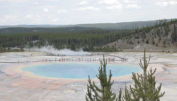 Grayson's Vacations: A trip to Yellowstone National Park