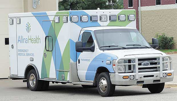 Lino Lakes moves to change ambulance service provider